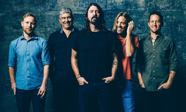 Foo-Fighters-012-e1435389037120.jpg